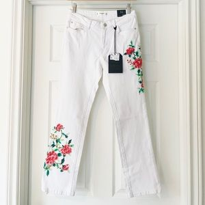 NWT Mango Floral Embroidered White Straight Jeans